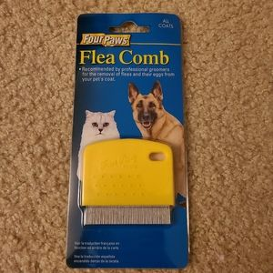 Four Paws Flea Comb